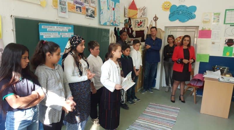"""Претставници од Детската Фондација Песталоци од Швајцарија во посета на ООУ """"Маршал Тито"""" од Муртино"""